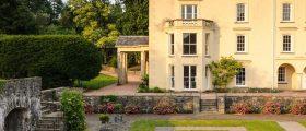 Aberglasney Gardens –...